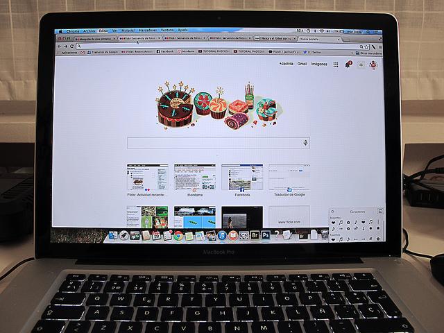 Cinco razones por las que el contenido te convertirá en el rey de Google